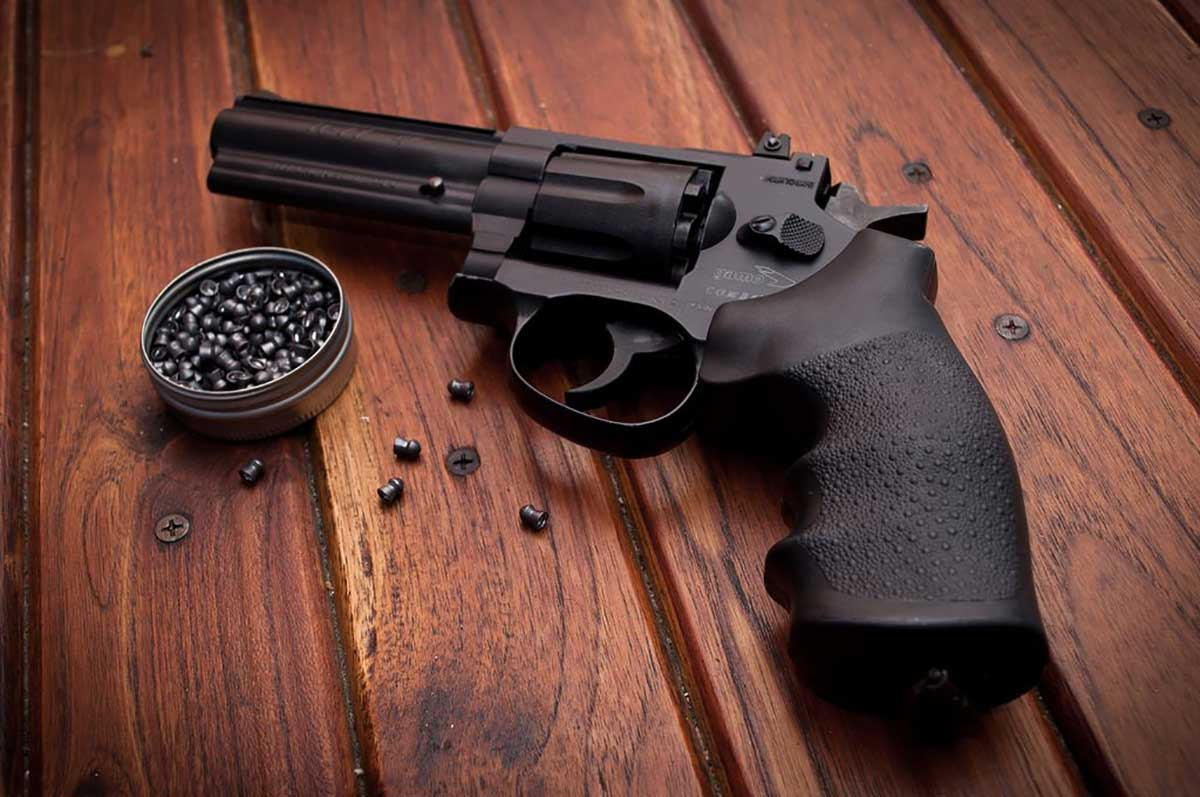 78-year-old pastor accidentally shoots himself to death